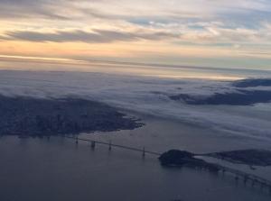 Fog_rolling_in_on_San_Francisco_bay.JPG