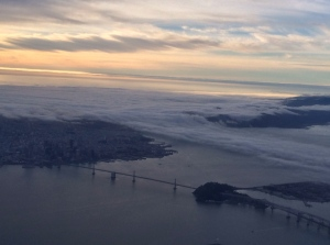 Fog_rolling_in_on_San_Francisco_bay.JPG